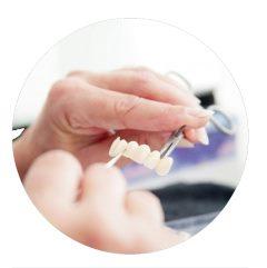 Impianti dentali busto arsizio